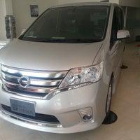 Photo taken at Nissan Madiun by Johan Tan on 3/8/2013