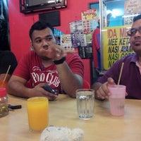 Photo taken at Mc'D Kepala batas by mustamam a. on 6/16/2014