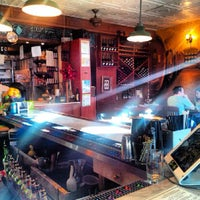 Photo taken at Organika - Organic Bar & Kitchen by jairo b. on 7/29/2013