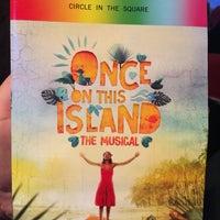 รูปภาพถ่ายที่ Circle in the Square Theatre โดย AndyHat เมื่อ 6/18/2018