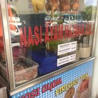 Photo taken at Restoran Mohd Firdaus Tan by Haziq I. on 11/13/2016