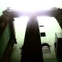 Foto tomada en Templo de Augusto por John L. el 1/16/2013