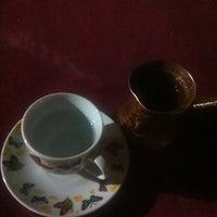 7/27/2013 tarihinde Melis O.ziyaretçi tarafından Yeşilyurt Köy Kahvesi'de çekilen fotoğraf