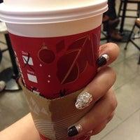 11/8/2013에 Cevina T.님이 Starbucks에서 찍은 사진
