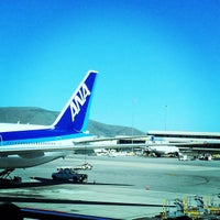Photo taken at ANA NH7 (SFO-NRT) by Ikki on 3/17/2015