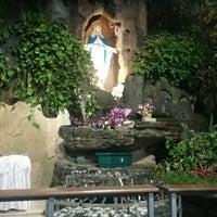 Photo taken at Gereja Kristus Salvator by Gervas O. on 5/28/2015