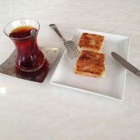 11/22/2012 tarihinde Niyazi Ç.ziyaretçi tarafından Şıra Pastanesi'de çekilen fotoğraf