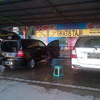 "Photo taken at Car wash ""Sineleyan"" by Michel H. on 7/7/2013"