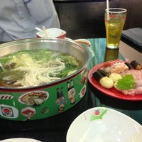 Photo taken at HOTPOT Buffet by NooIcevy B. on 5/8/2013