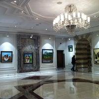 11/7/2012 tarihinde Esin E.ziyaretçi tarafından Çiragan Palace Kempinski Art Gallery'de çekilen fotoğraf