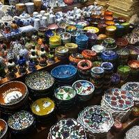 Foto tomada en Spice Bazaar-Egyptian Bazaar por Selda B. el 4/29/2013