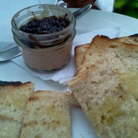 Photo taken at Restaurante Horacio Barbato by luis Felipe G. on 11/17/2012