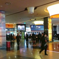 Photo taken at LOTTE CINEMA Konkuk Univ. by nu1t on 1/1/2013