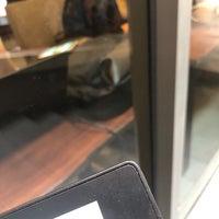 Foto tomada en Starbucks por Joe G. el 2/11/2018