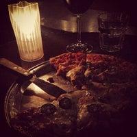 Foto tirada no(a) Sonoma Wine Bar & Restaurant por Anna D. em 1/19/2013