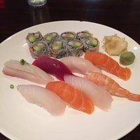 Photo taken at Philip Sushi by Virgilio C. R. on 11/3/2015