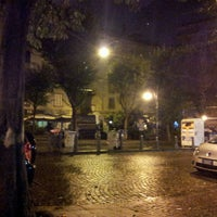Foto tirada no(a) Piazza Vincenzo Bellini por Eugenio M. em 12/10/2012