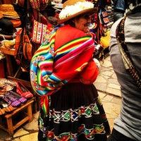 Foto tirada no(a) Pisac Market por Fawziah Q. em 2/25/2013