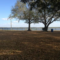 Photo taken at Kissimmee Lakefront Park by Jochilo J. on 2/9/2013