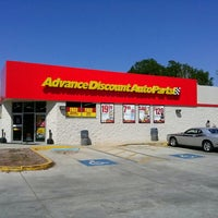 Photo taken at Advance Auto Parts by Henok K. on 3/15/2013