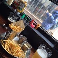 Photo taken at Burger Craft by Doo Man Y. on 4/5/2014