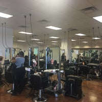 Photo taken at Ogle School And Salon by Claire W. on 8/26/2016
