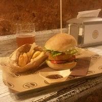 Foto scattata a Borgo Burger da Andrea M. il 8/20/2014