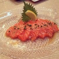 Foto tirada no(a) Soho Japanese Restaurant por Julie L. em 2/6/2014