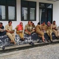Photo taken at Dinas Pekerjaan Umum Kabupaten Barito Utara by Dudy B. on 8/19/2014
