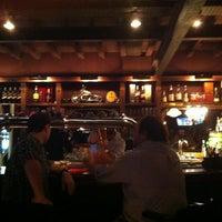 2/23/2013 tarihinde Victoria R.ziyaretçi tarafından Gallaghers Irish Pub'de çekilen fotoğraf