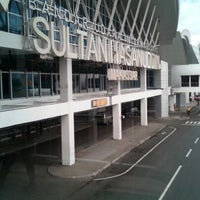 Photo taken at Sultan Hasanuddin International Airport (UPG) by Rahmadi on 1/30/2013