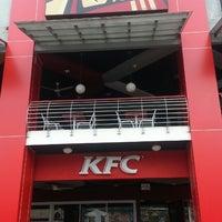 Photo taken at KFC by Rahmadi on 3/5/2013
