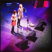10/13/2013 tarihinde lindsay B.ziyaretçi tarafından The Lincoln Theatre'de çekilen fotoğraf