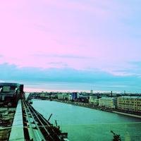 5/25/2013 tarihinde Natalia 😽 S.ziyaretçi tarafından Москва City'de çekilen fotoğraf