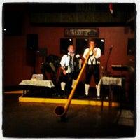Photo prise au Dublin Ale House Pub par Corey C. le1/20/2013