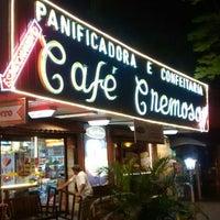 Foto tirada no(a) Café Cremoso por Alexandre M. em 9/5/2014