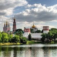 Foto tirada no(a) Novodevichy Park por Forigner em 6/6/2013