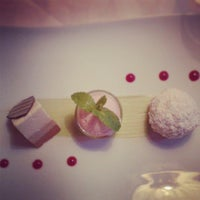 Das Foto wurde bei Restaurant Loystubn, Thermenwelt Hotel Pulverer ***** von Marlies G. am 6/5/2013 aufgenommen