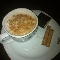 2/8/2013에 Mustafa K.님이 Cadde Cafe에서 찍은 사진