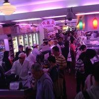 6/8/2013にRodger T.がDeluxe Food Market 德昌食品市場で撮った写真