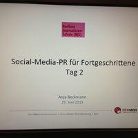 Das Foto wurde bei Berliner Journalisten-Schule von Anja B. am 6/25/2013 aufgenommen