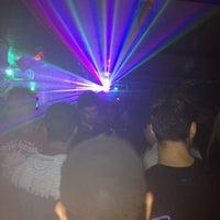Foto tirada no(a) Up Turn Bar por Ádamo R. em 8/31/2014