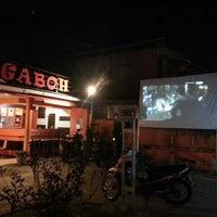 Photo taken at 2nd Venue Burger Gaboh Pekanbaru by Iwan S. on 12/9/2013