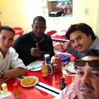 Foto tomada en Parrillon por Friocam el 10/31/2012