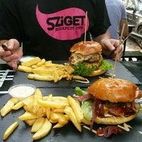 8/16/2015にWeisz A.がDulf's Burgerで撮った写真