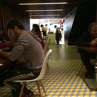Foto tirada no(a) B.LEM Portuguese Bakery por Denis U. em 5/25/2014