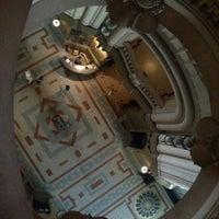 Foto tomada en Palacio Barolo por Leila A. el 11/7/2012
