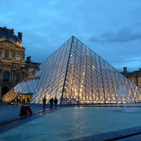Photo taken at Carrousel du Louvre by Dereck A. on 12/31/2012