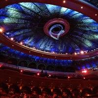 Photo prise au O Theatre par Kate P. le11/22/2012
