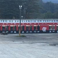 Photo taken at Ninho do Urubu (CT do Flamengo) by Caio D. on 7/12/2016